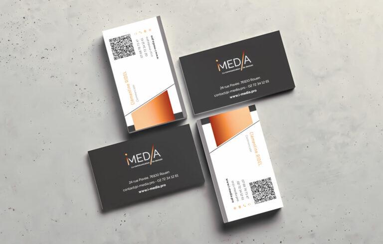 cartes de visites avec le visuel i-media pour représenter la créa print proposée par i-media agence digitale à rouen
